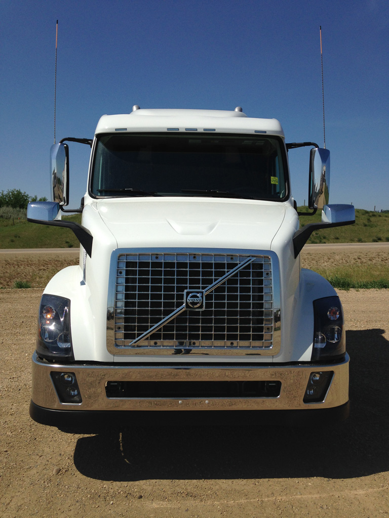 2015 Volvo White VNX 630 - FN911773 - Best Truck Stop Service